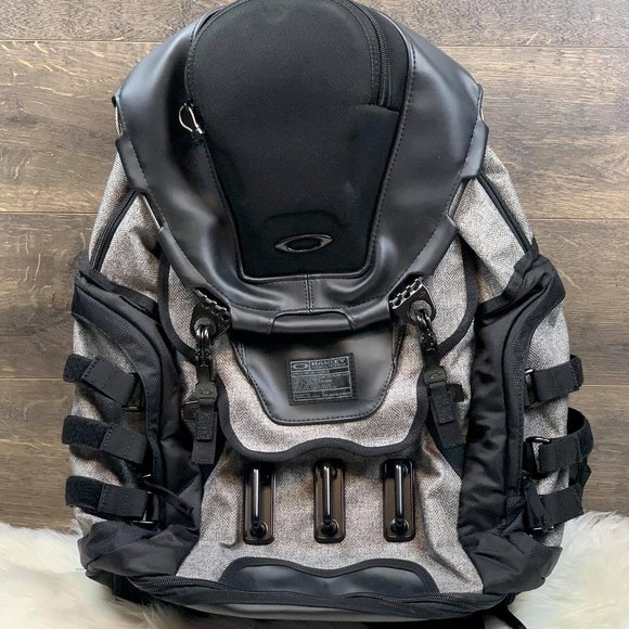 Oakley Bags Oakley Kitchen Sink Lx Backpack 25msrp Poshmark